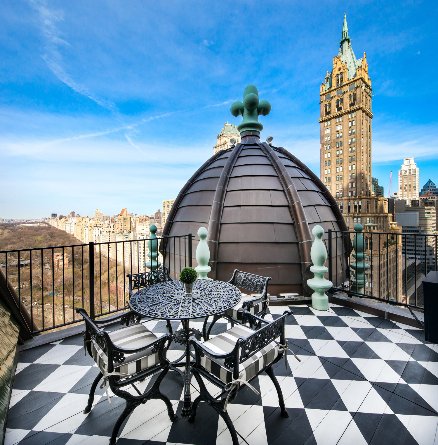 Dome Penthouse Terrace