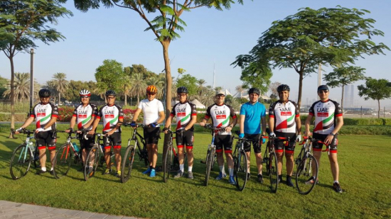 canadian-specialist-hospital-employees-including-dr-yashar-ali-ceo-4th-from-left-participating-in-dubai-fitness-challenge.jpg