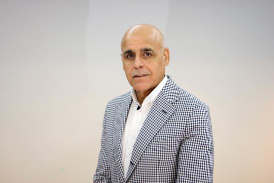 dr-yashar-ali-ceo-canadian-specialist-hospital.jpg