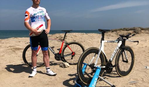 جوناثان شوبرت يسجل رقماً قياسياً جديداً في ركوب الدراجات الهوائية بقطع 1300 كيلومتر في أقل من 48 ساعة