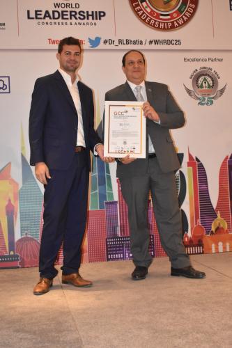 osama-mamdouh-receiving-gcc-best-employer-award-min.jpg
