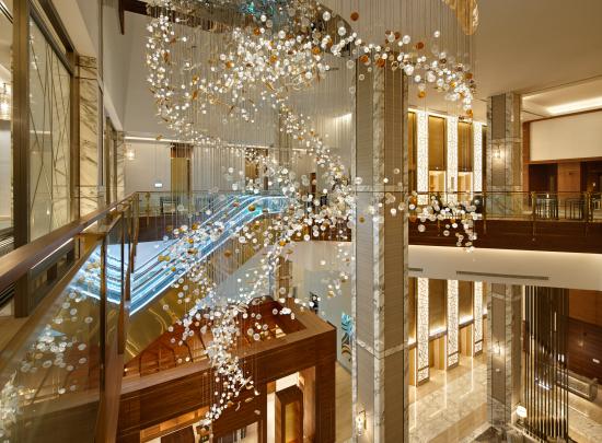 2019_2-dubai_movenpick-media-city-hotel_17gu004_01_4_2.jpg