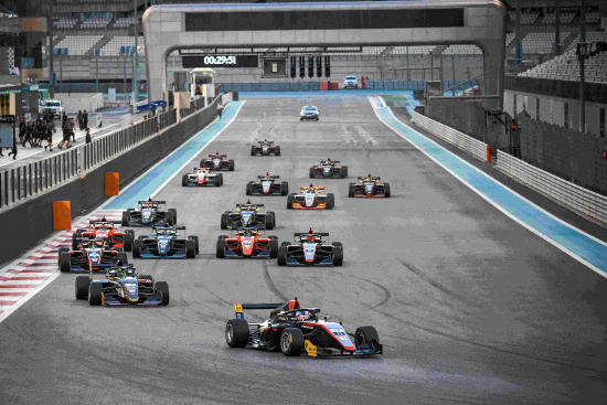 f3ac_race-7_start.jpg