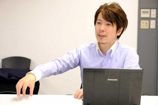 shohei-ohsawa-sitting.jpg