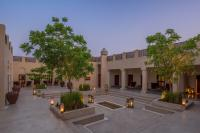 exterior-heritage-courtyard.jpg
